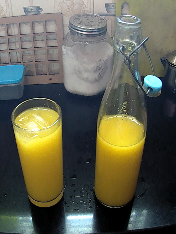 Gooseberry and Turmeric juice